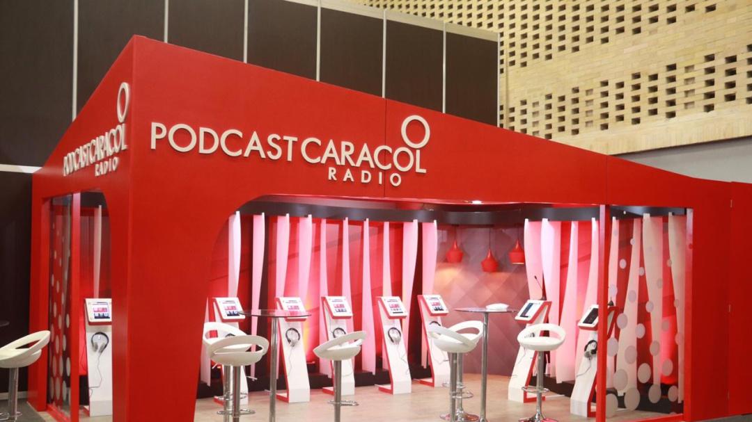 Así fue la experiencia Podcast Caracol en la Feria del Libro
