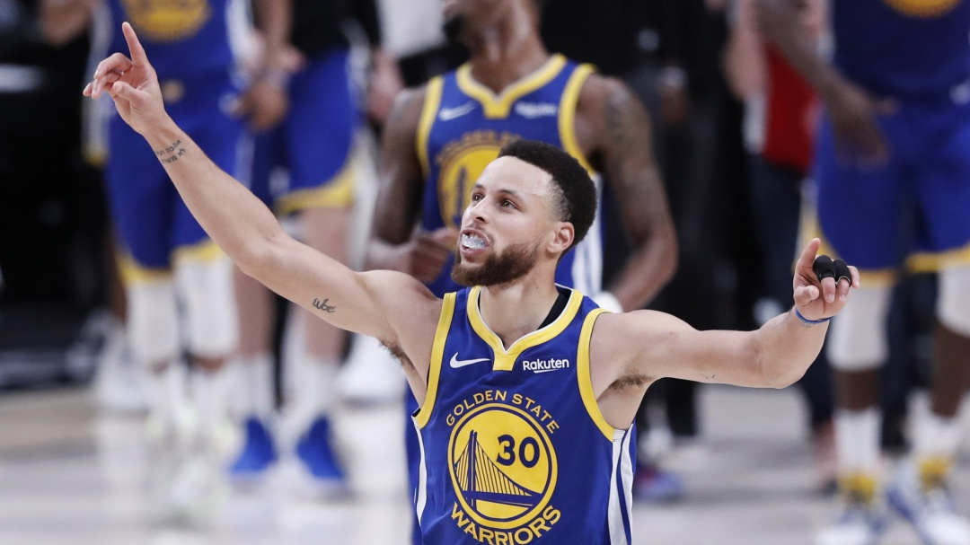 Warriors a la final de la NBA, de la mano de Curry