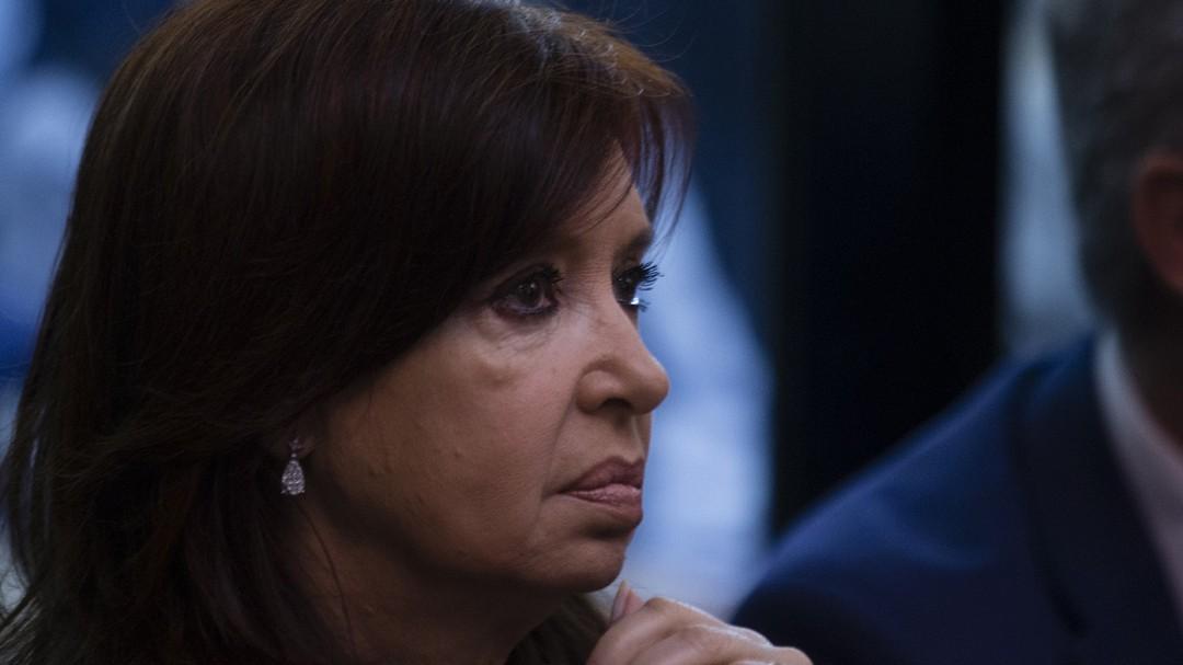 Comienza juicio por corrupción contra Cristina Fernández en Argentina