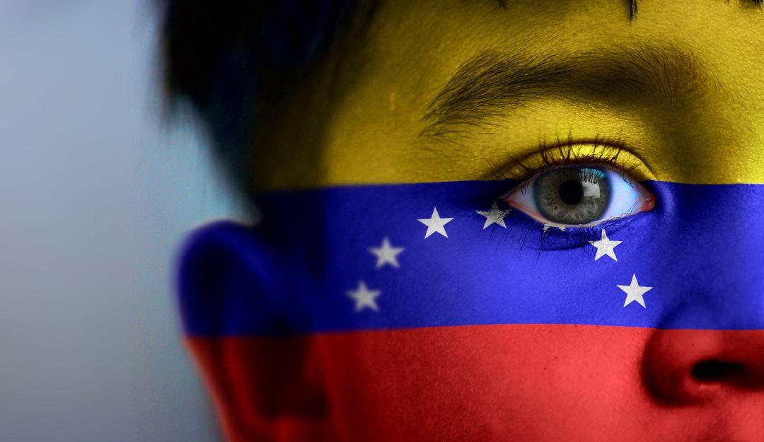 Niños venezolanos estarían siendo 'alquilados' en Tunja para la mendicidad - Caracol Radio