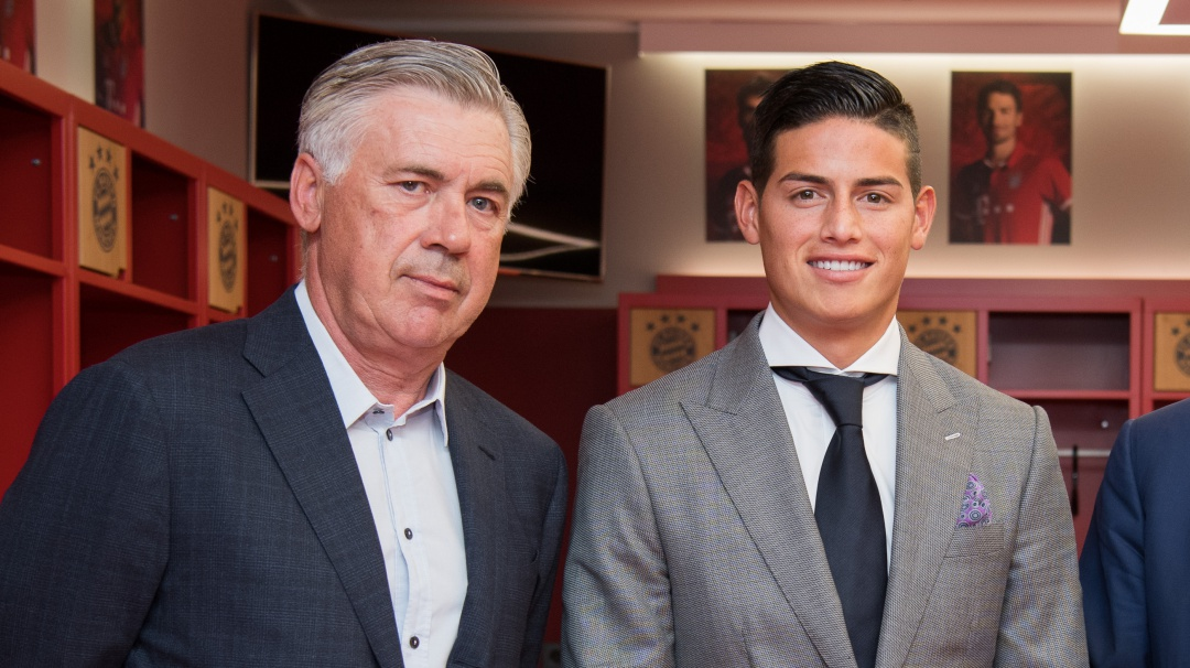 Ancelotti: Lo importante es que James use la camiseta 'azzurra'