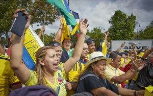 Tour de Francia: Egan corona el paseo por París y es oficialmente campeón del Tour