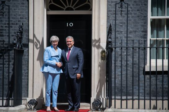 Iván Duque y Theresa May