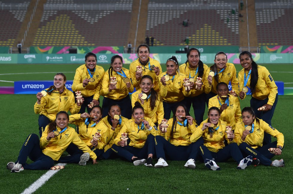 juegos panamericanos lima2019 fútbol femenino colombia argentina: Las mejores imágenes de la medalla de oro de la selección femenina