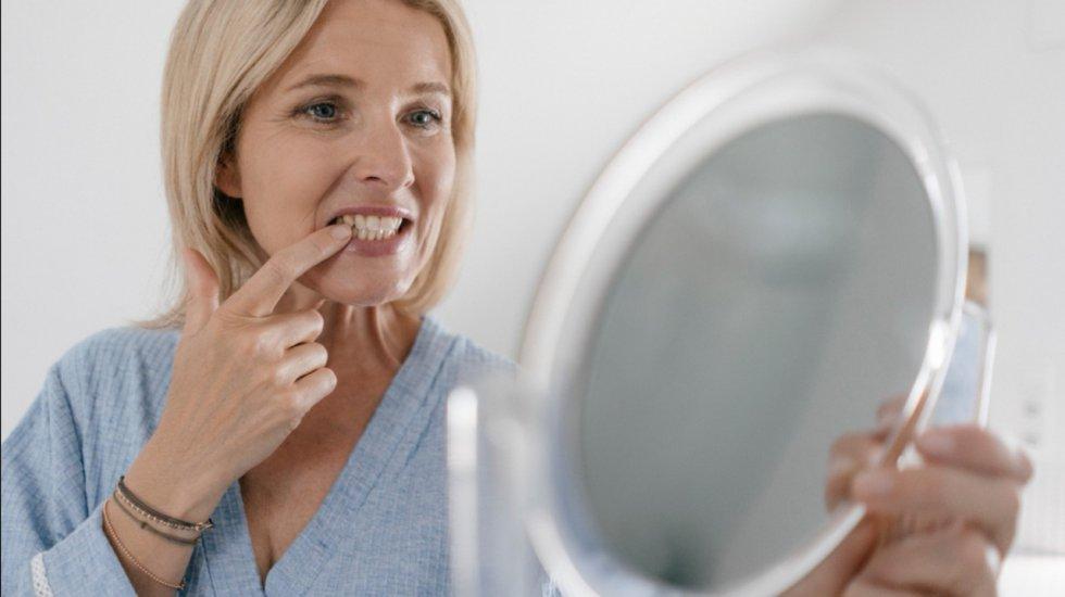 Cordales: Su función era moler las carnes duras y los cereales crudos, pero con el cambio de dieta y preparación de alimentos, ya no es necesario contar con estos dientes.