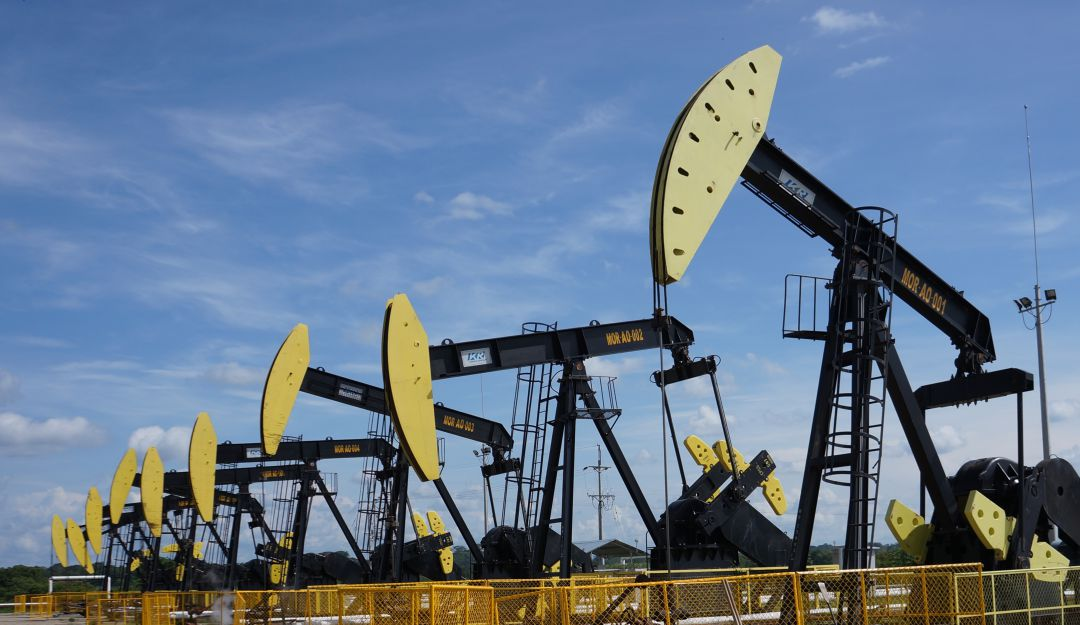 Sube el precio del petróleo tras ataques a plantas sauditas