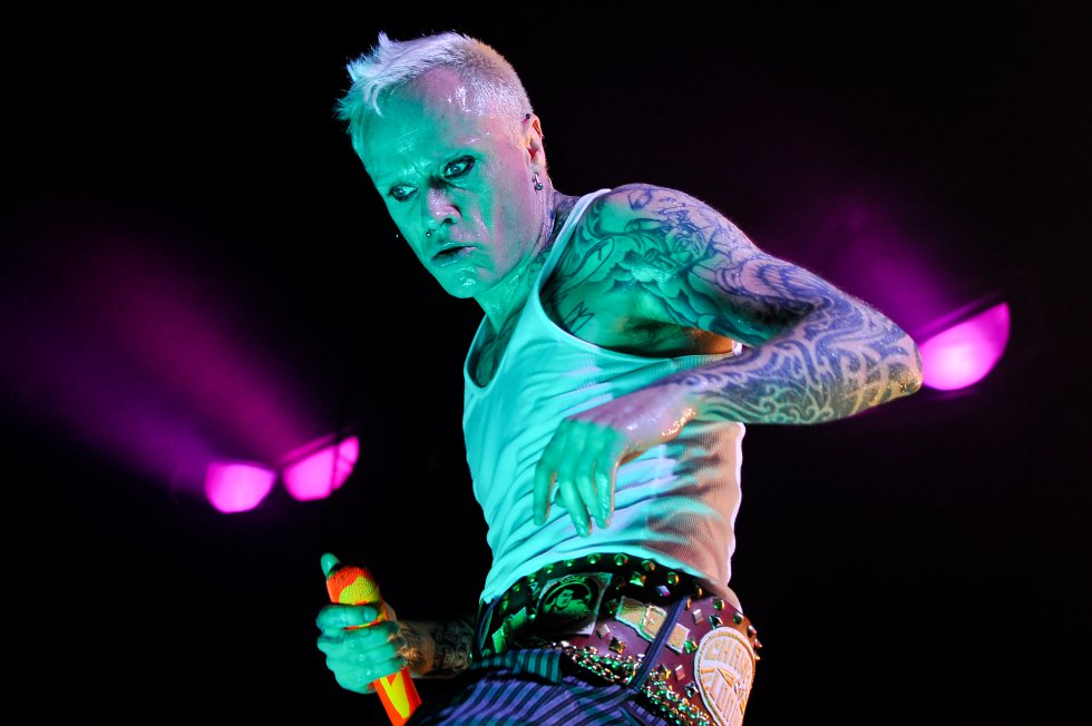 Keith Flint - El líder de la banda británica The Prodigy se suicida a los 49 años el 4 de marzo.
