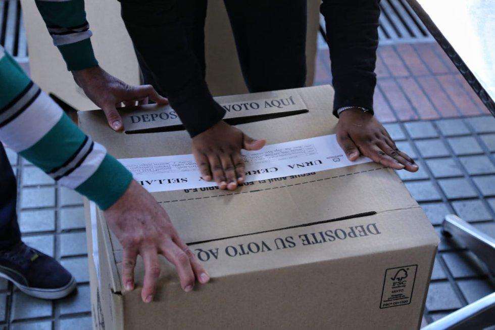 Los electores tendrán hasta las cuatro para poder votar.