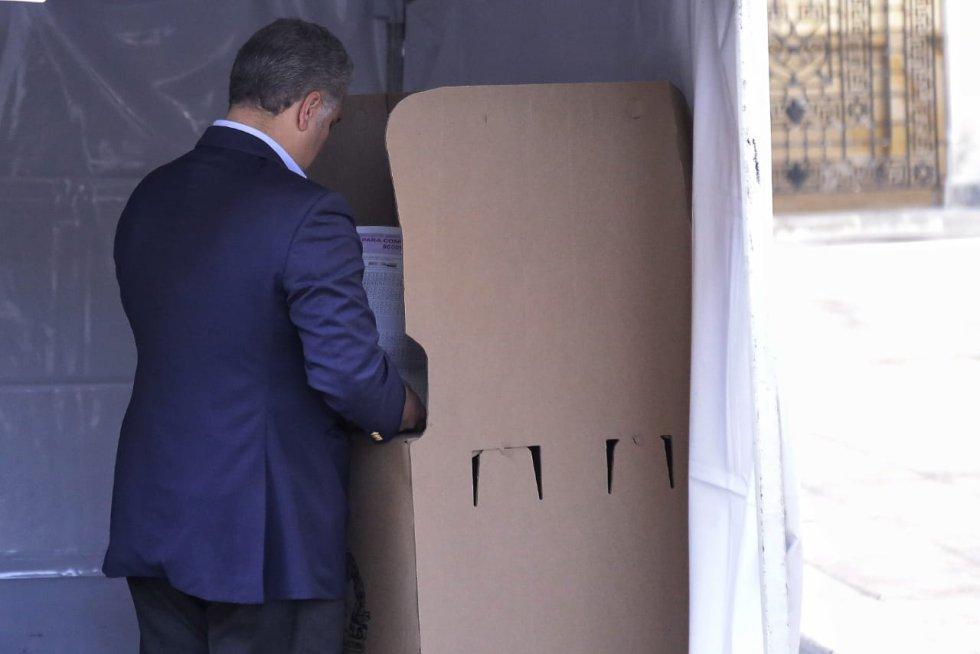 """El presidente Iván Duque afirmó, """"este Gobierno seguirá trabajando con las personas que sean elegidas""""."""