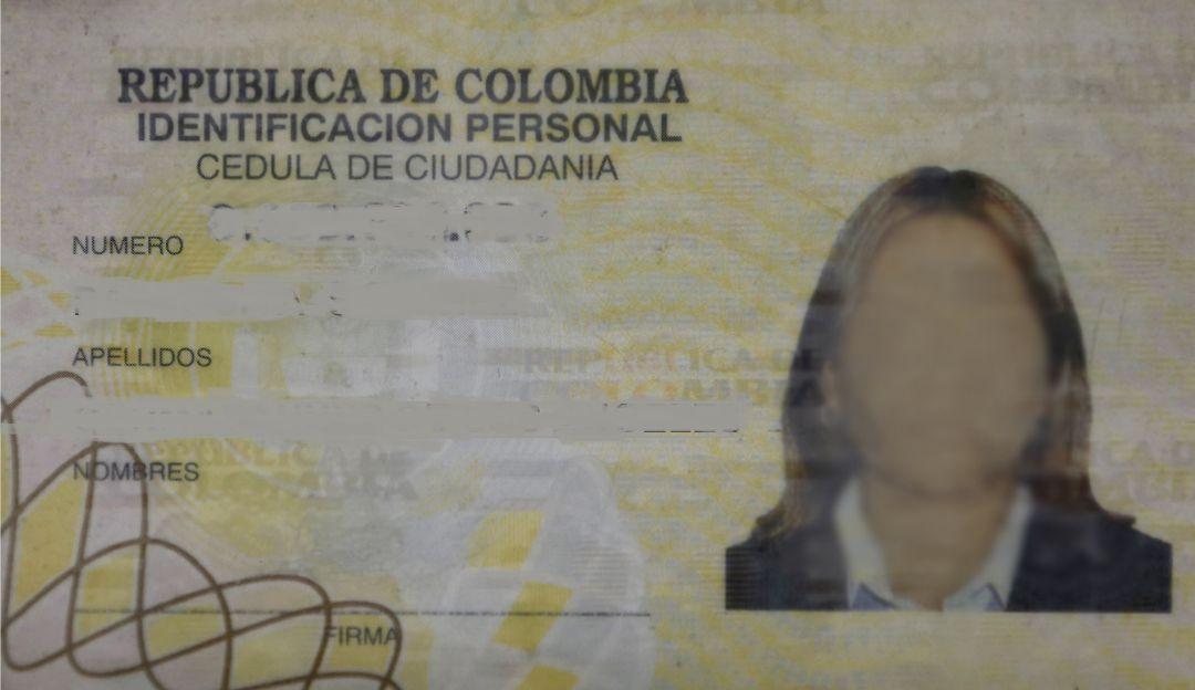 Novia de exmagistrado habría utilizado nombres de muertos en pagos ilegales