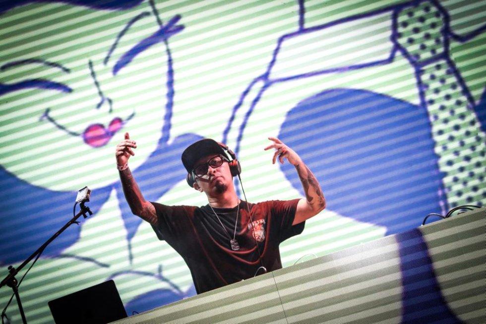 El Freaky Colectivo, desde una de los tres escenarios dispuestos para el evento, compartió parte de su música.