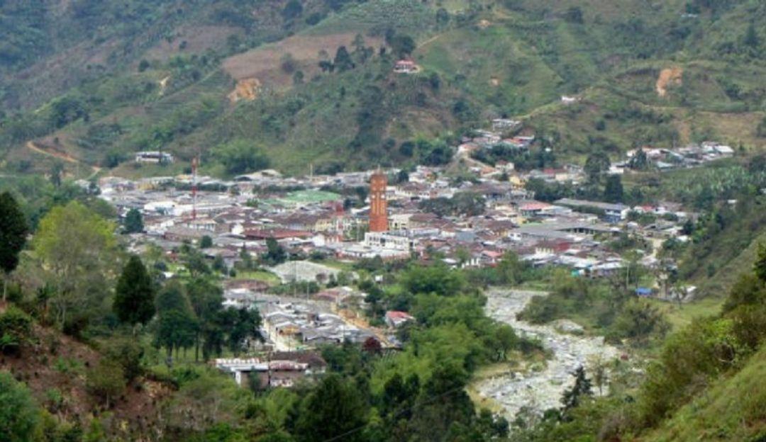 Este año no se van a iniciar las obras de reparación en la vía a Pijao - Caracol Radio