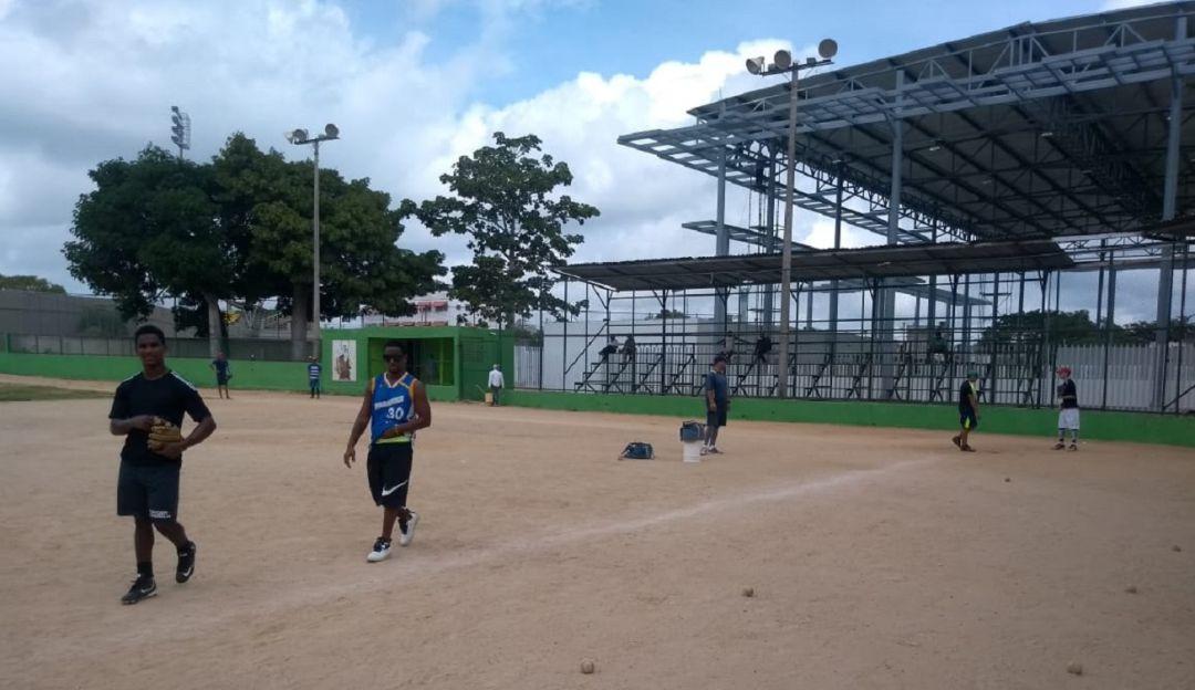 Promesas del béisbol piden apoyo en Turbaco-Bolívar - Caracol Radio