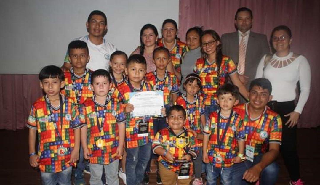 Colegio de Santa Rosa del Sur – Bolívar, ganó premio de robótica educativa - Caracol Radio