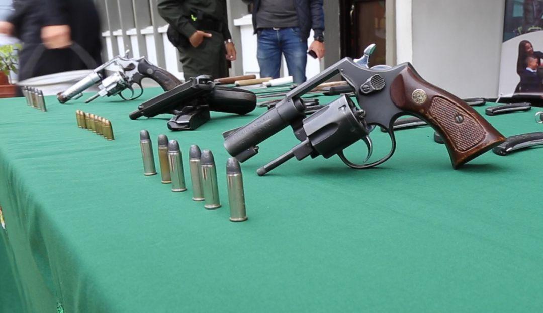 524 armas de fuego ilegales han sido incautadas en Caldas - Caracol Radio