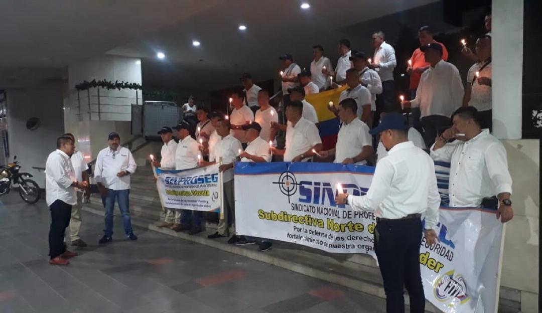 Trabajadores de la UNP advierten que su labor está en riesgo - Caracol Radio