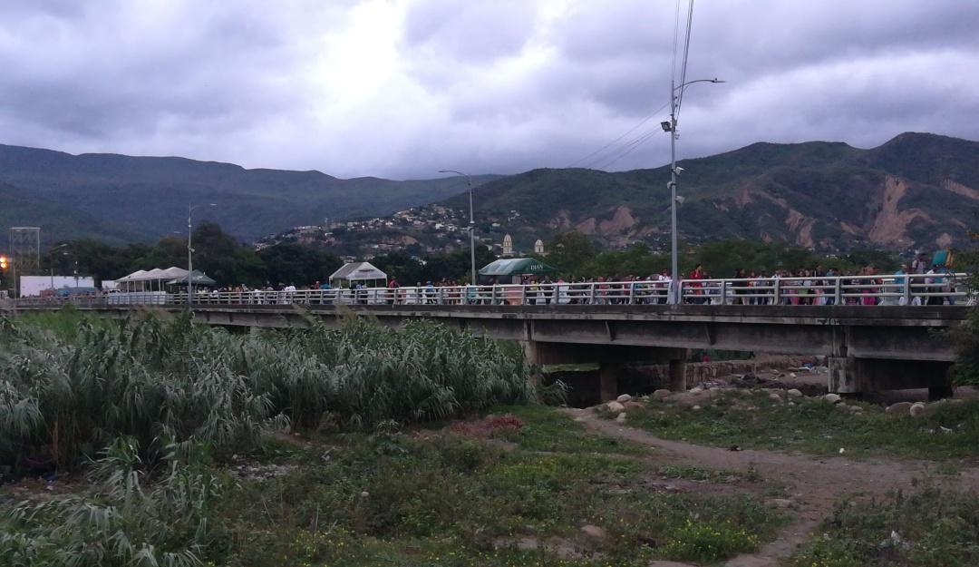Descartan cierre de frontera por movilizaciones del 21 de noviembre - Caracol Radio
