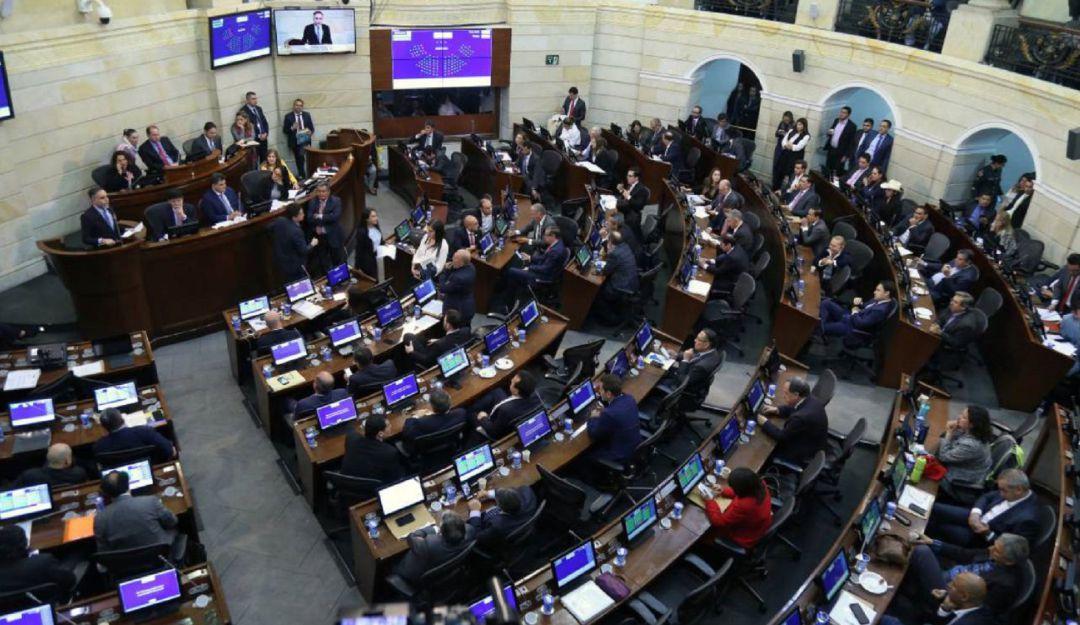 Reforma Tributaria Senado Colombia: Senado no pudo continuar debate de Reforma Tributaria por error de trámite | Política  | Caracol Radio