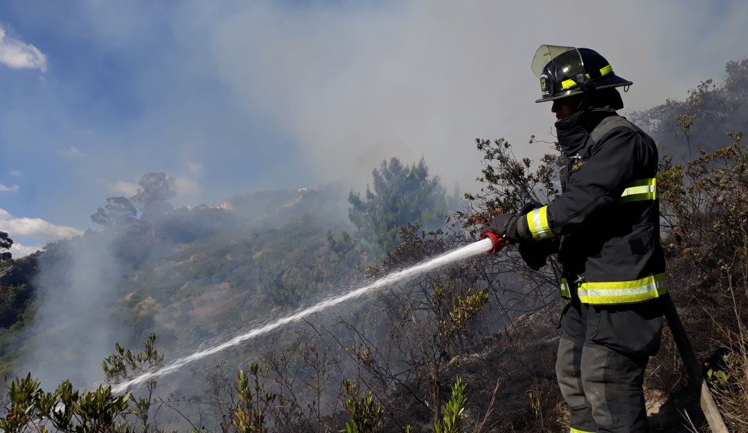 Combate a incendios forestales