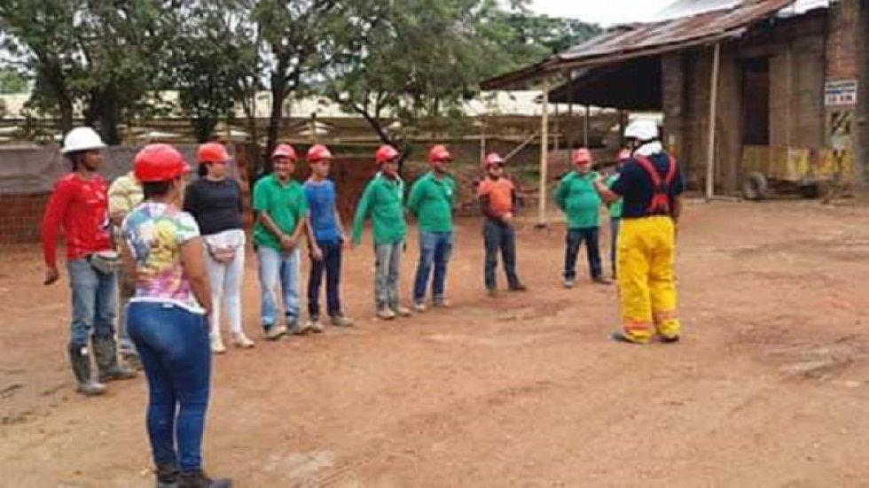 En Ansermanuevo, Valle del Cauca, evitan las quemas: En Ansermanuevo, Valle del Cauca, evitan las quemas