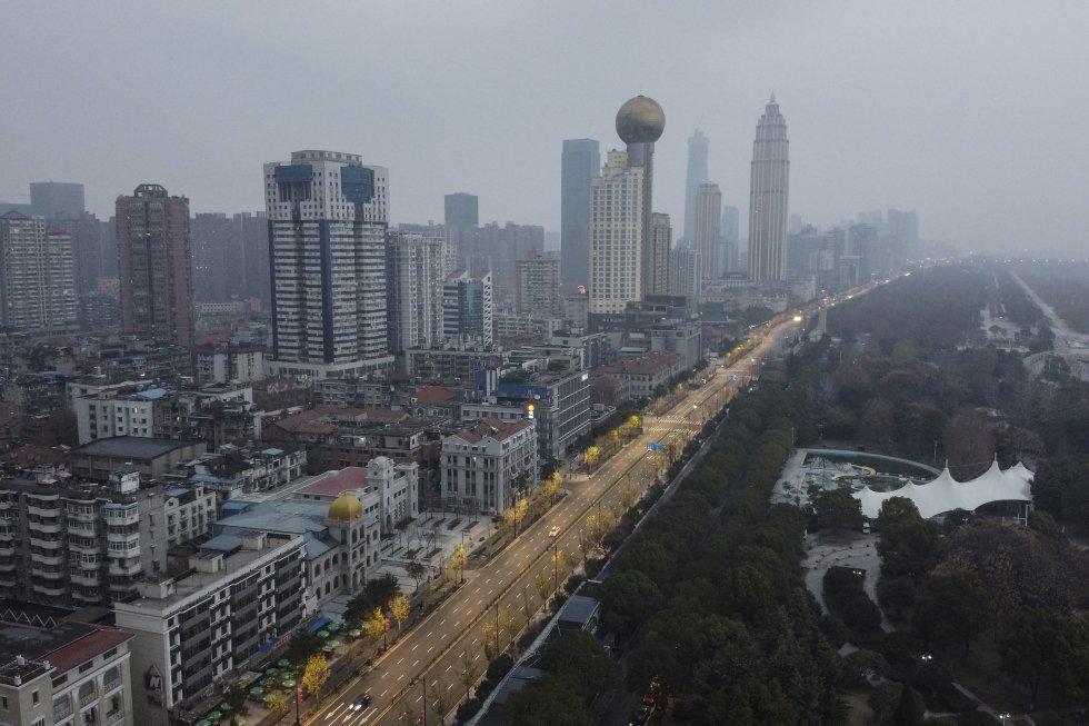 La ciudad de Wuhan, de plena actualidad por estar en el origen de una epidemia de neumonía viral, es una megalópolis industrial situada en el centro de China.