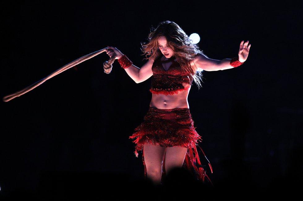 Shakira y Jennifer López en Super Bowl: En fotos: Increíble espectáculo de Shakira y Jennifer López en Super Bowl
