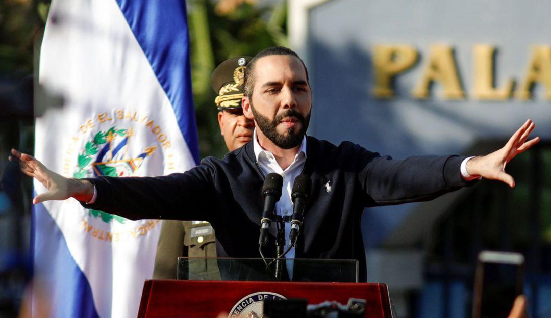Presidente de El Salvador lleva Ejército al Congreso exigiendo presupuesto