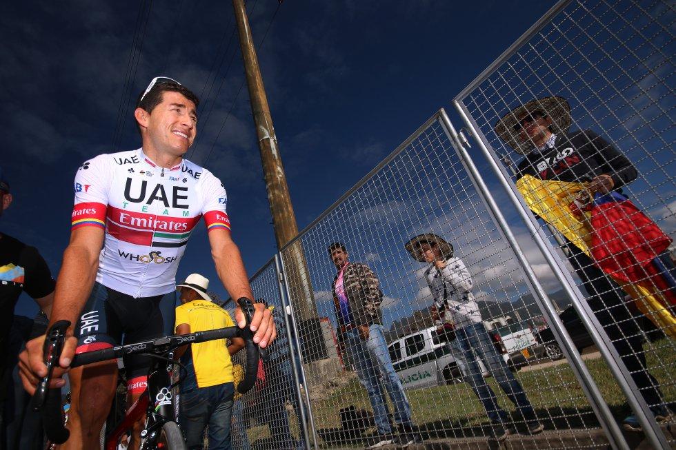 Sergio Luis Henao en el punto de partida de la sexta etapa.