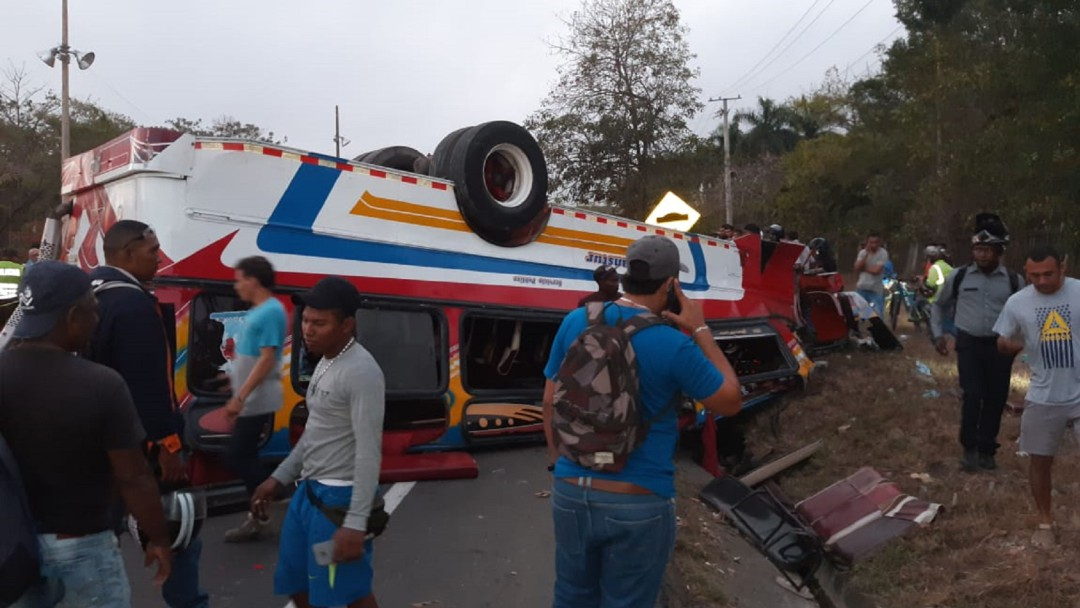 Se eleva a 2 los muertos por accidente de Bus de Turbaco