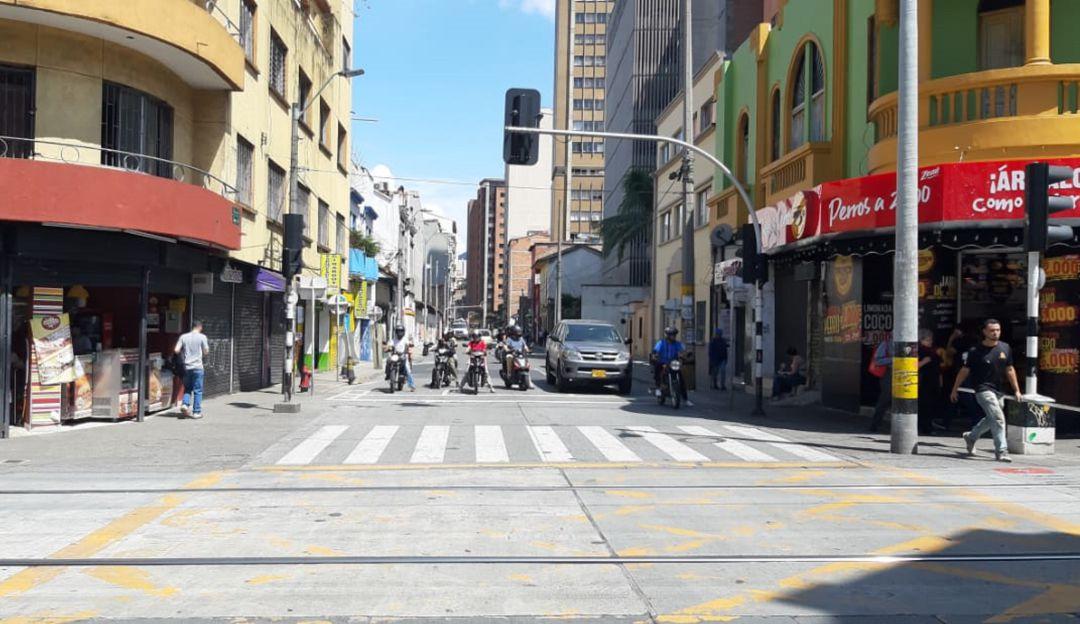 Son Mas De 3 111 Establecimientos Que Se Unen A La Solicitud Comerciantes En Medellin Le Piden Al Alcalde Decretar Toque De Queda Medellin Caracol Radio