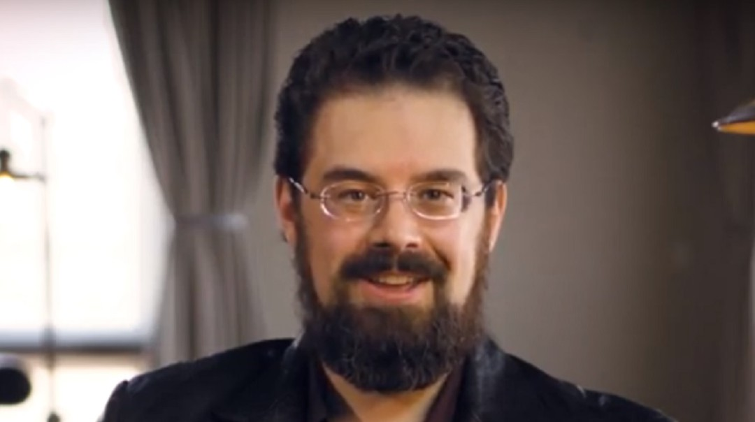 Christopher Paolini incursiona en la novela contemporánea