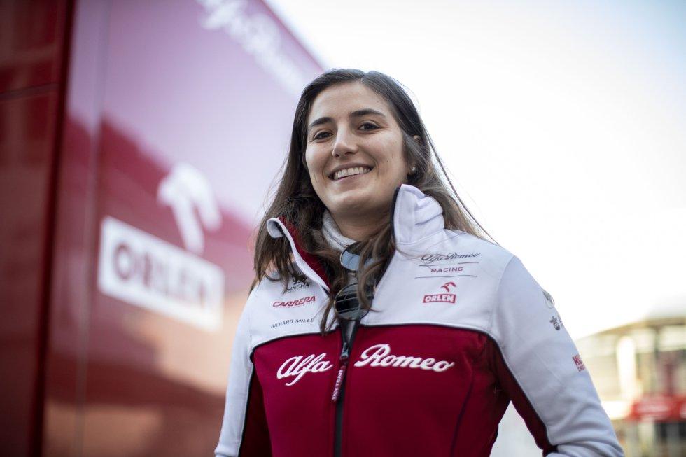Automovilismo - La colombiana es la primer piloto en la historia en correr la Fórmula 2; la primera en disputar la Súper Fórmula de Japón, y la primera en convertirse en piloto de pruebas de un equipo de Fórmula 1 tras 27 años (Alfa Romeo)