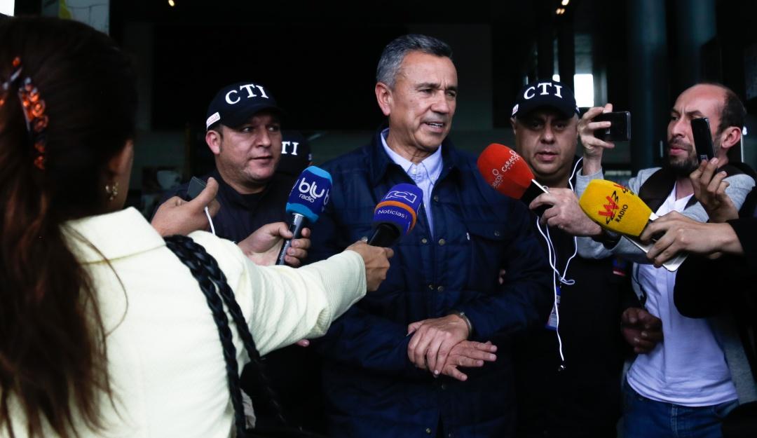 Medida de aseguramiento para el general (r) Mauricio Santoyo por enriquecimiento ilícito