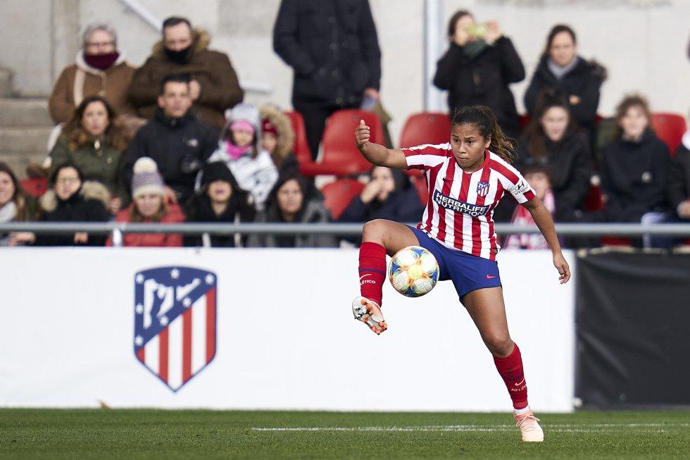 Participó con la Selección Colombia en el Mundial Sub-17 de 2012 y el Mundial de Canadá 2015. Además, fue campeona de la Liga con Independiente Santa Fe en el 2017 y medalla de oro en los Panamericanos 2019.