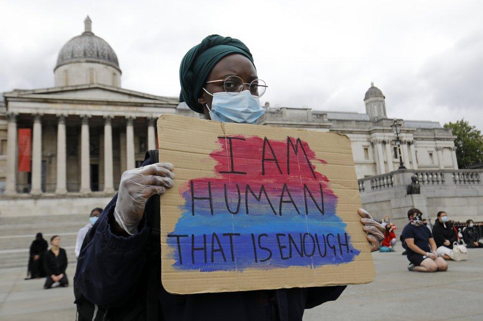 """""""Soy humano eso es suficiente"""""""