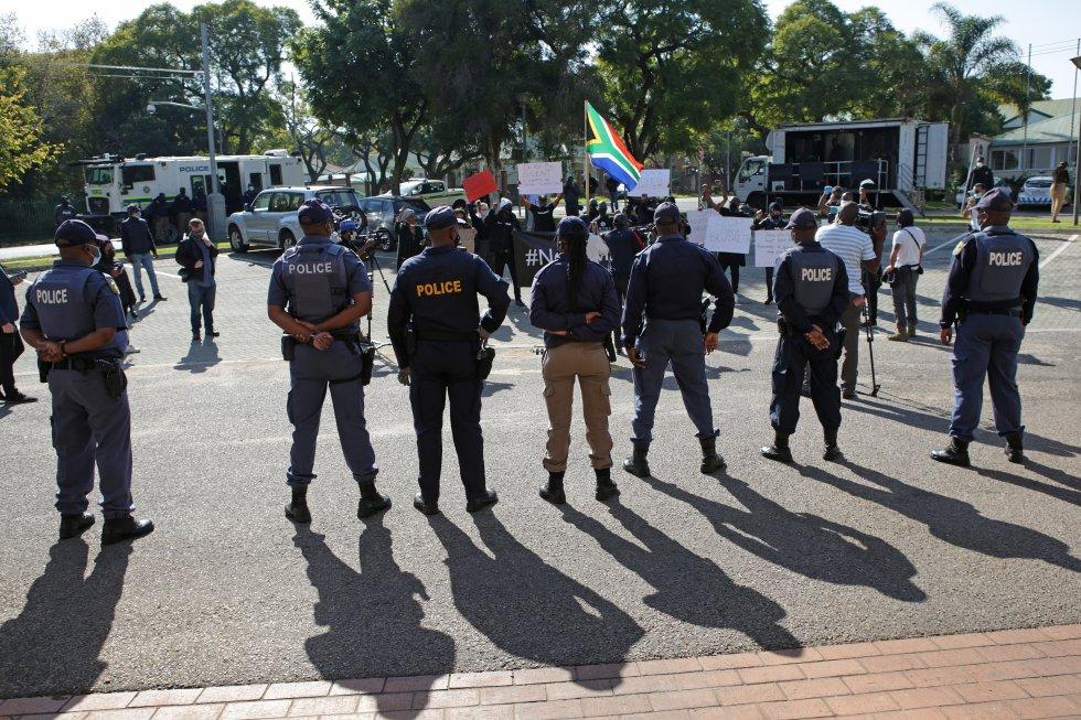 Autoridades presentes durante las manifestaciones