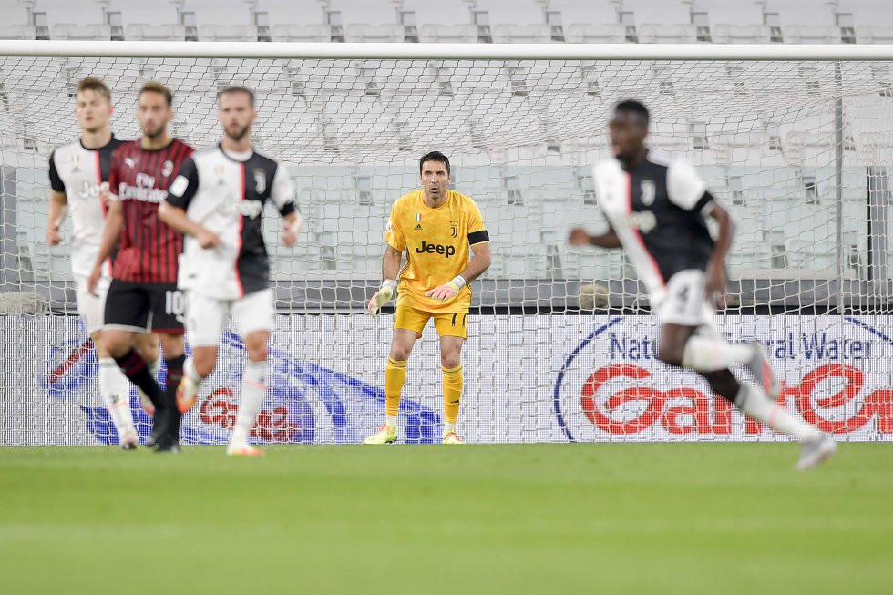 Entretanto, Gianluigi Buffon no tuvo mayor trabajo, pues el Milan no concretó un remate a portería.