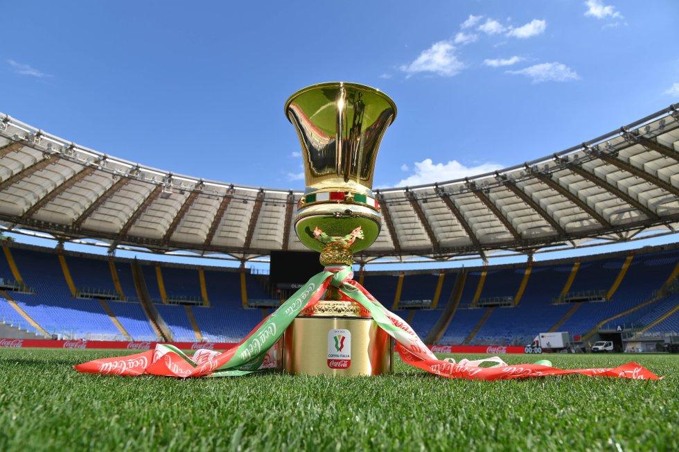 La Copa Italia tuvo su primera edición en 1922, y desde entonces, es considerado el segundo título más importante en el fútbol de ese país.
