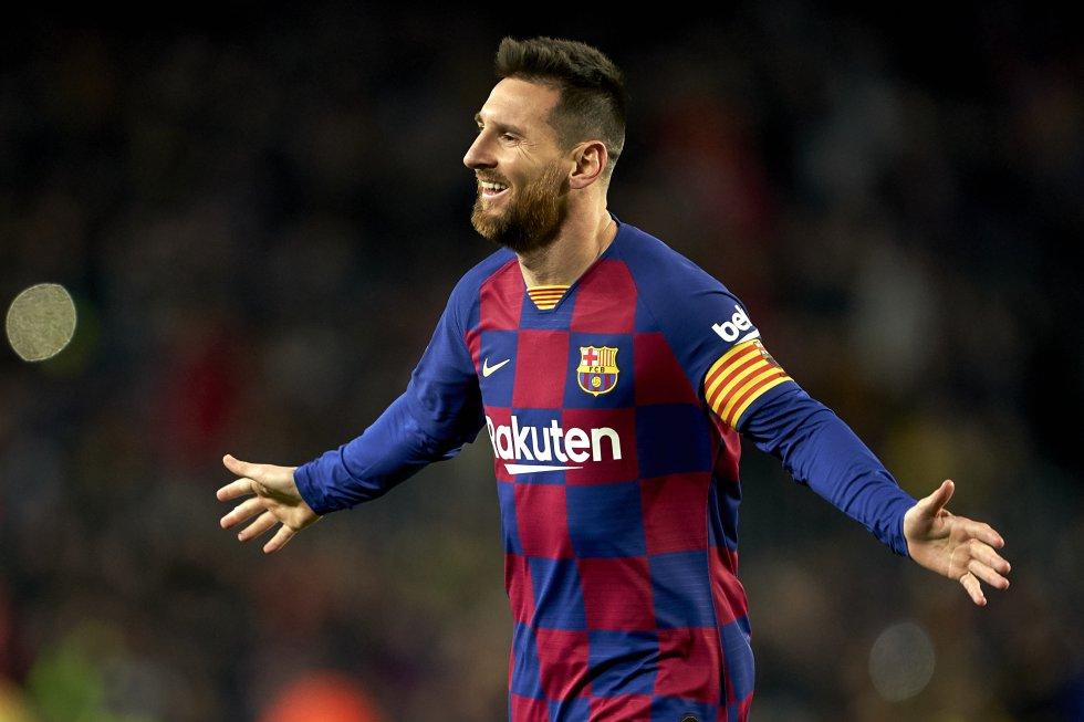 Messi llegó a las 700 anotaciones como profesional: 630 con el Barcelona y 70 con la Selección Argentina.
