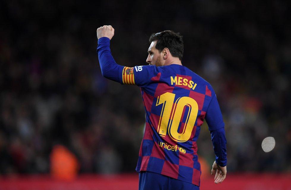 El astro argentino llegó a esta cifra goleadora en 862 partidos, ostentando una media de 0,81 goles por partido.