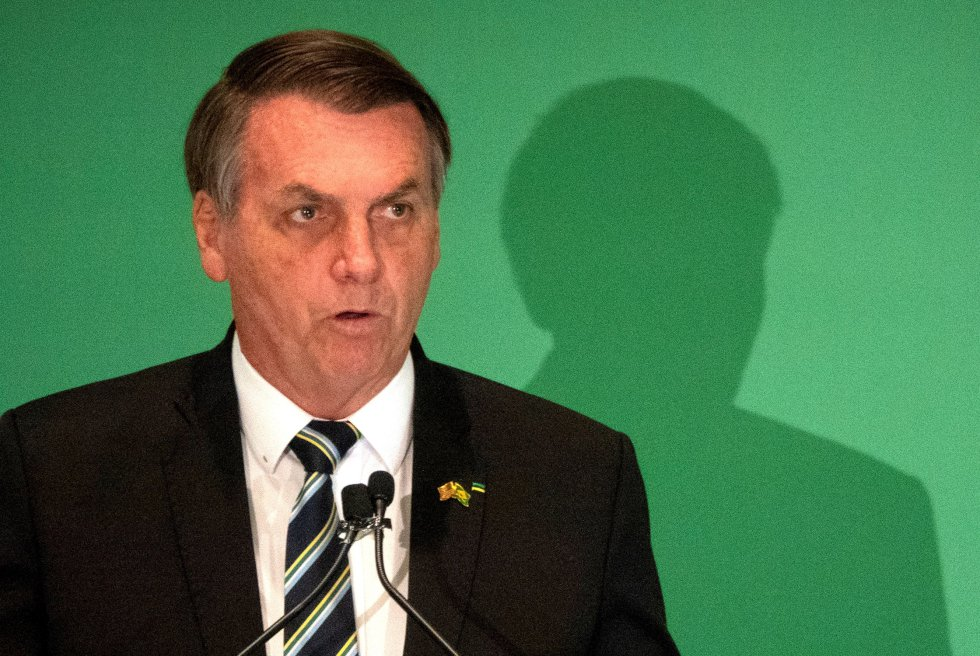 """El 12 de marzo, el Presidente de Brasil expresó: """"Parece que el problema del virus está empezando a desaparecer""""."""
