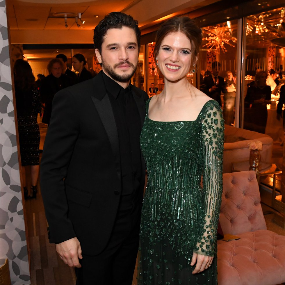 La modelo Olva Vlasova acusó al actor Kit Harington de engañar a la también estrella de Game Of Thrones Rose Leslie, su pareja.