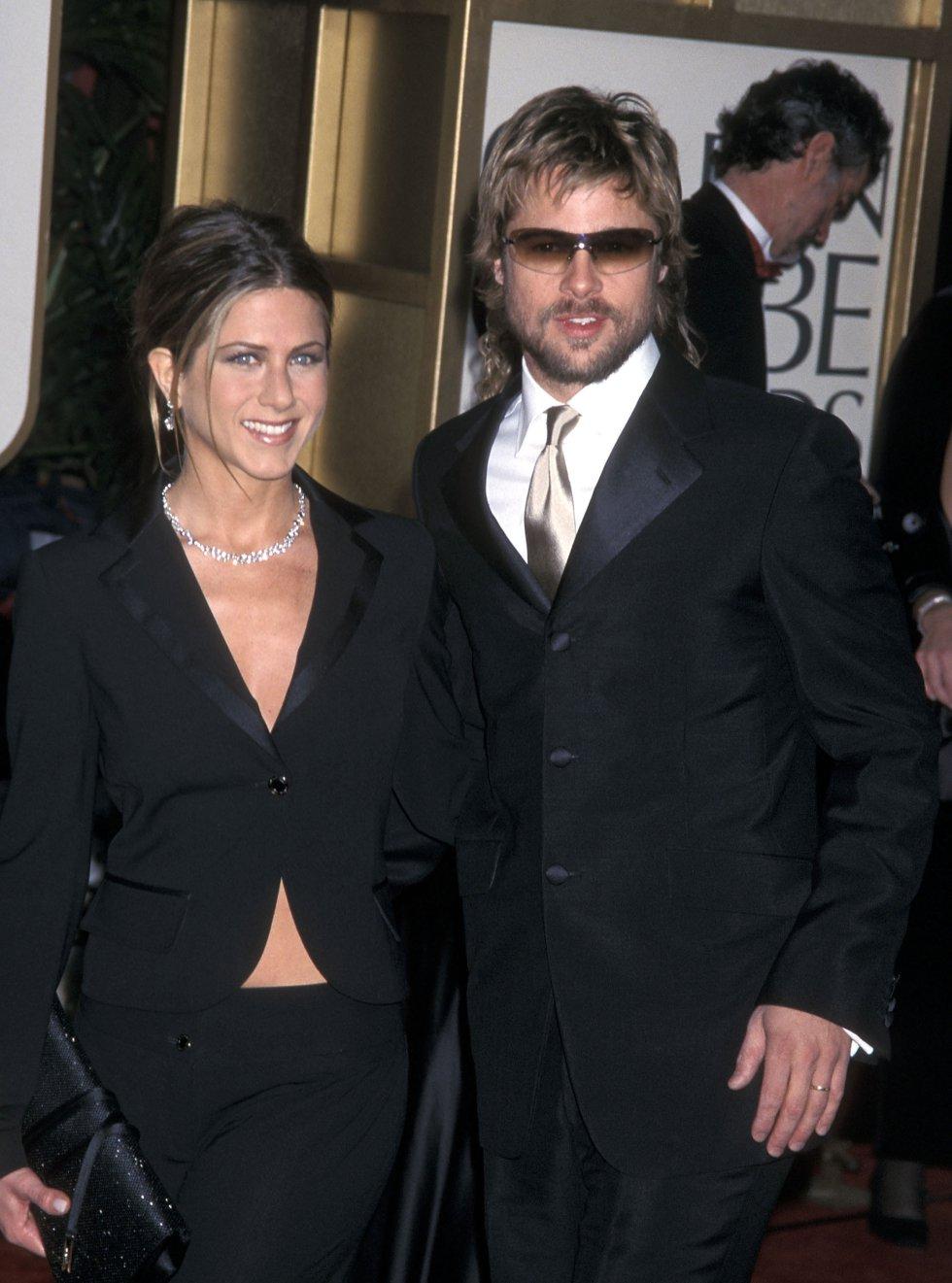 Brad Pitt engañó a Jennifer Aniston con Angelina Jolie.
