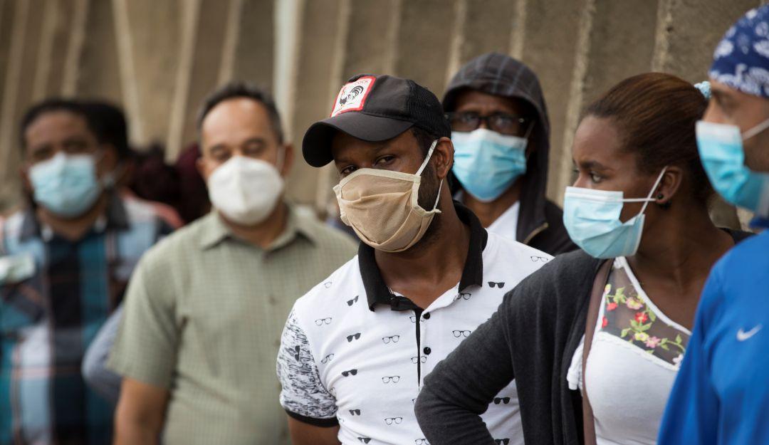 OMS advierte que pandemia podría hacerse más grave si no aumentan medidas