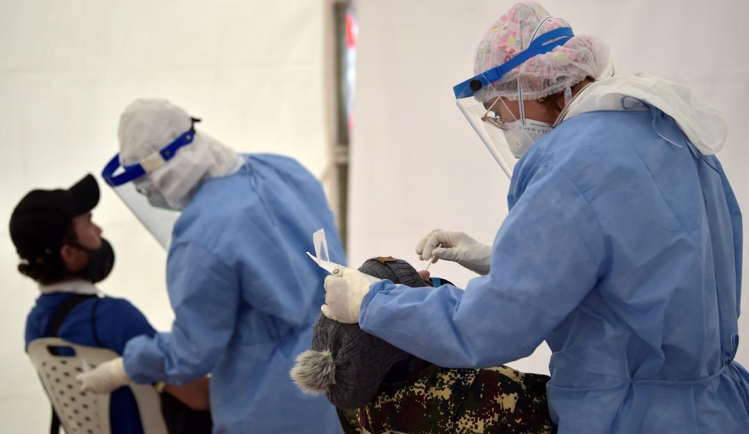Pruebas coronavirus: En Colombia se empezará a realizar un tercer tipo de prueba contra COVID