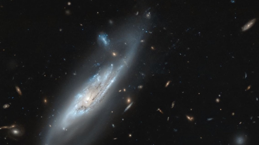 Telescopio Hubble capta una galaxia fantasmal