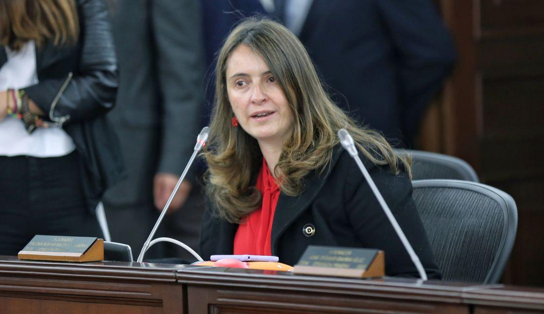 """Constituyente detención Uribe: Paloma Valencia: """"Se debe reformar la  justicia con una constituyente""""   6AM Hoy por Hoy   Caracol Radio"""