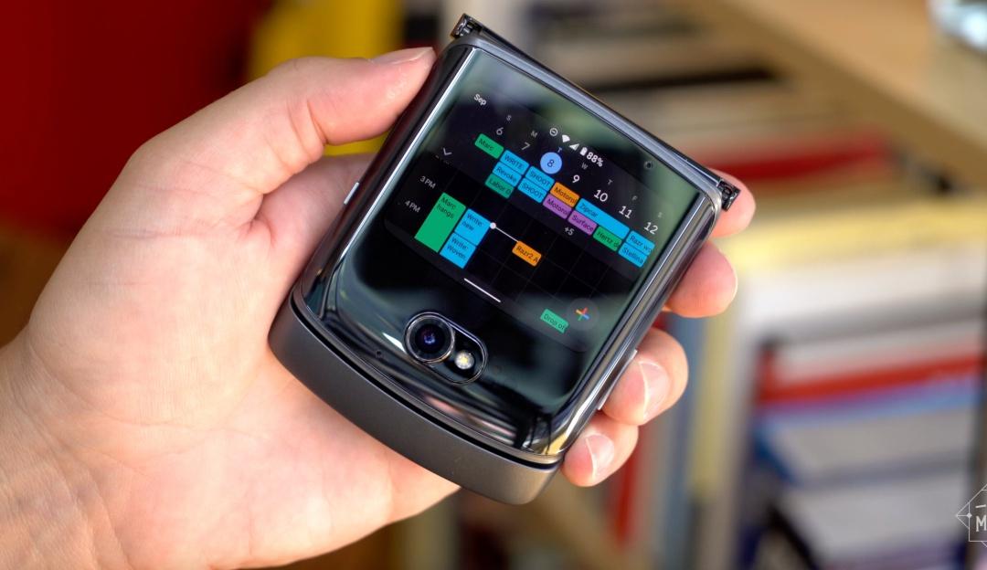 Motorola Razr 2: Conozca el teléfono ideal para su bolsillo, pero no por el precio