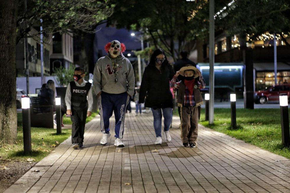 Halloween en Bogotá: Así se vivió el Halloween en Bogotá donde no hubo toque de queda