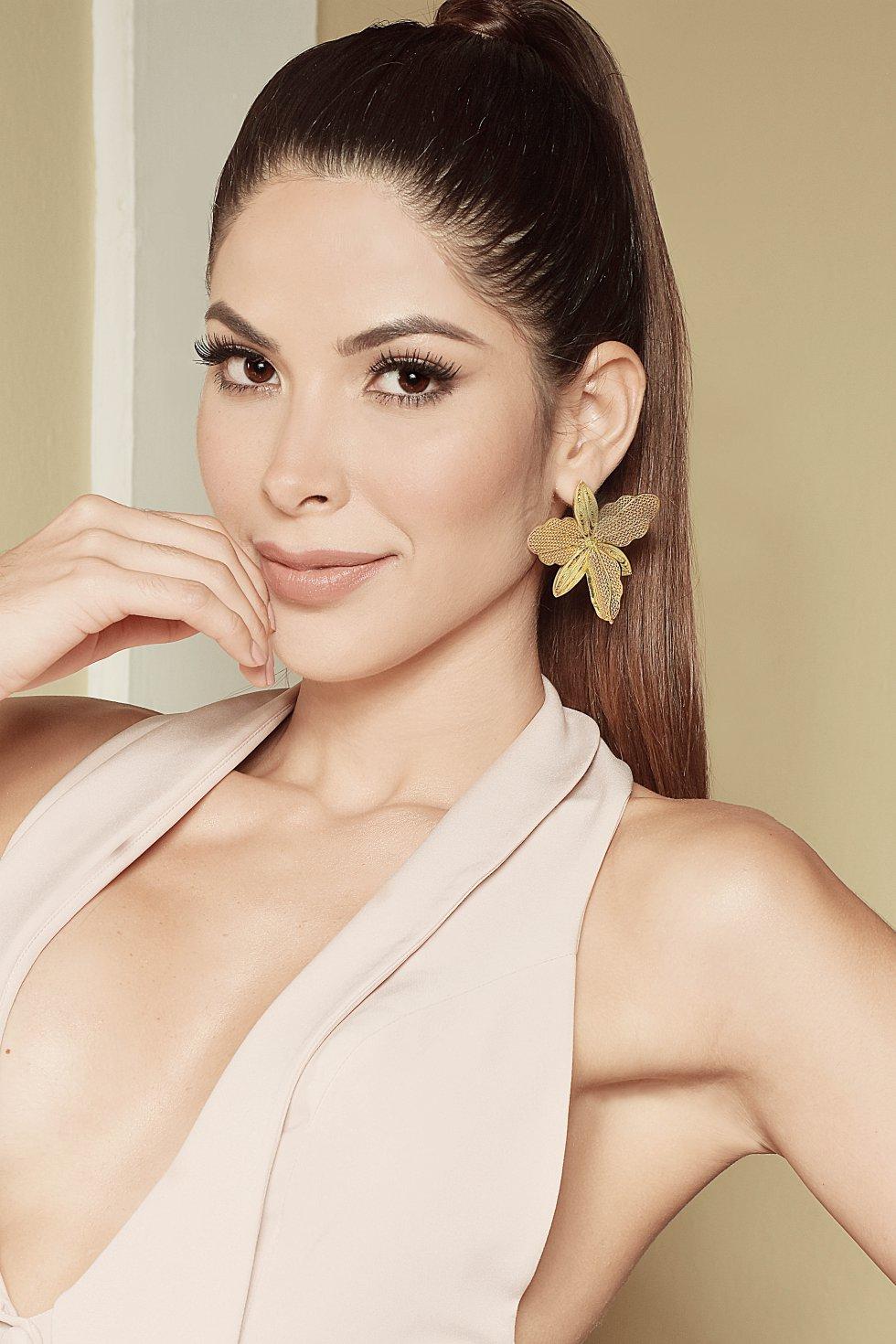 Laura Olascuaga se destacó por su belleza.